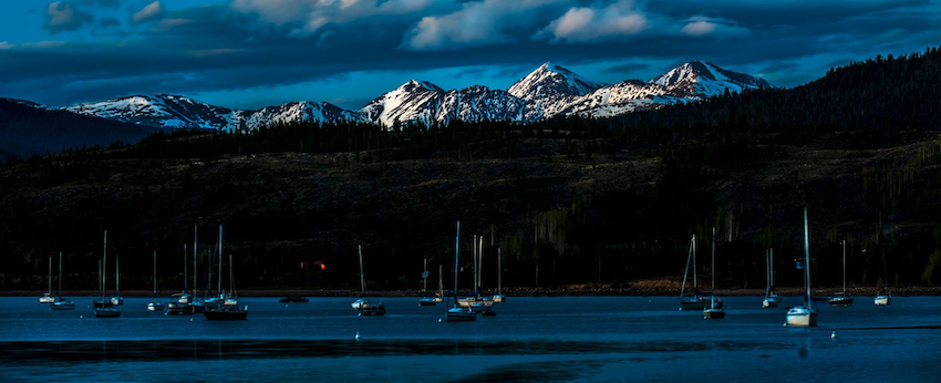 Reasons to visit Dillon Colorado - Lake Dillon Sailboats